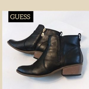GUESS WOMAN'S BOOTIE